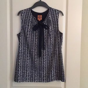 Tory Burch top size 8